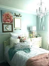 gold bedroom chandelier chandeliers for bedrooms chandeliers for girls bedrooms modern bedroom chandeliers chandeliers for girls gold bedroom chandelier