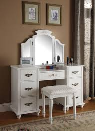 Mirrored Bedroom Vanity Decorating Ideas Elegant Mirrored White Hardwood Vanity Table