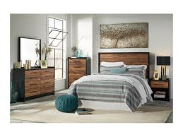 Stavani Queen Bedroom Group by Signature Design by Ashley