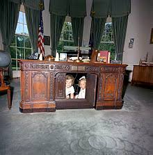 kennedy oval office. Caroline Kennedy And Kerry Beneath The Resolute Desk In 1963 Oval Office