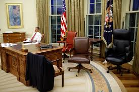 oval office desk. Enchanting Desk Oval Office White House Filebarack Obama Trying Differents Interior Decor: Full Size