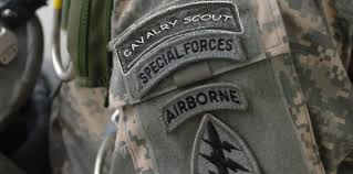 army recon scout cavalry scouts awarded tab and beret hit the woodline