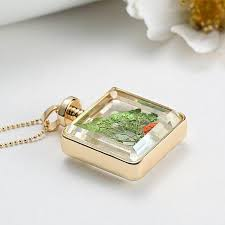 2018 new european and american glass alloy frame frame box square dry flower pendant necklace