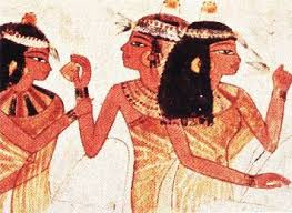everyone in ancient egypt used cosmetics both men and women the rich and the poor makeup was used for vanity reasons to protect skin against the