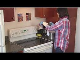 How To Remove Grease From Kitchen Cabinets Best Household Cleaning Tips How To Clean Hard Grease Off The Stove Top