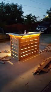 Bar Made Out Of Pallets Best 10 Pallet Bar Ideas On Pinterest Diy Bar Outdoor Bar