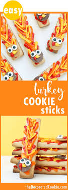 Simple Thanksgiving cookie decorating: Turkey cookie sticks.