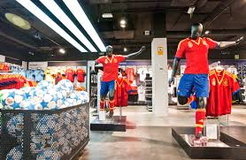 <b>Real Madrid</b> re-opens the new Adidas stadium store | Global <b>Blue</b>