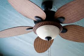 which way should your ceiling fan turn in summer the cool way