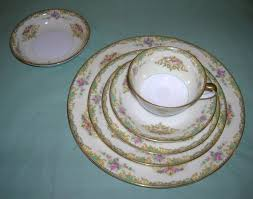Antique Noritake China Patterns With Gold Edging Enchanting What Antique Noritake China Patterns Have Gold Edging Lovetoknow