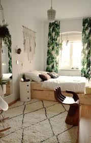 Bedroom Layout Best 20 Bedroom Layouts Ideas On Pinterest Small Bedroom