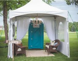 Accessorizing Ideas for Your Portable Bathrooms at a Wedding