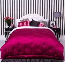 Black Pink And White Bedroom Ideas 3