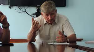 """Депутати """"чинять"""" чинне законодавство. Незаконні зміни в Регламент (відео)"""