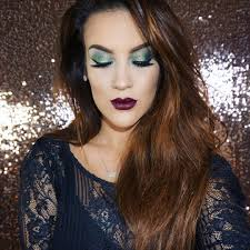 green smokey eye ideas tutorials to make your holiday makeup look more festive
