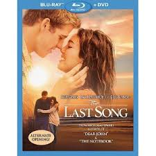 the last song blu ray review inside pulse by now everyone has to be fully aware of nicholas sparks he is the author of the best selling books the notebook nights in rodanthe message in a bottle