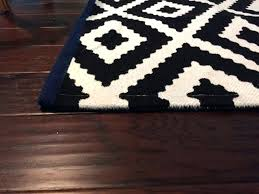 white accent rug small