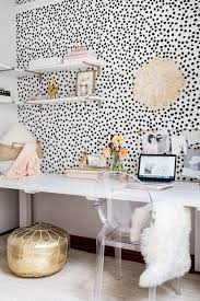 Home office decorating ideas nyc Ikea 13 Kate Spade New Yorkinspired Office Decor Ideas For The Hbic Via Brit Co Pinterest 13 Kate Spade New Yorkinspired Office Decor Ideas For The Hbic Via