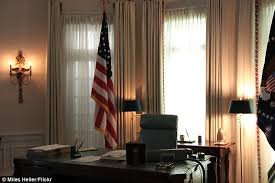Oval Office desks that have served the presidents Daily Mail Online