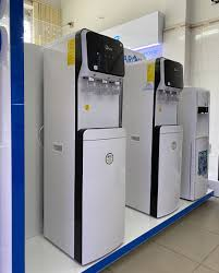 Máy lọc nước FUJIE nóng lạnh WPD5300C