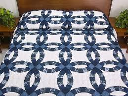 Double Wedding Ring Quilt -- superb carefully made Amish Quilts ... & Navy Blue and Cream Double Wedding Ring Quilt Photo 1 ... Adamdwight.com