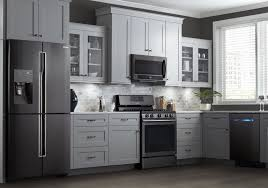 Image Black Stainless Steel Appliances Runescapemvpcom 12 Of The Hottest Kitchen Trends Awful Or Wonderful Laurel Home