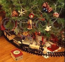 christmas-tree-train-set