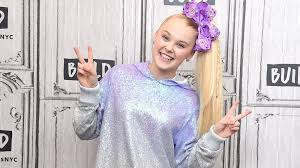 Her talent has made her earn a massive worth in such a young age, jojo siwa net worth is estimated as $500,000 in 2018. Jojo Siwa Net Worth How Much Money Does Youtuber Really Make