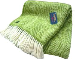 green throw rug medium size of light area rugs love solid olive full mint large size of brightly colored throw rugs green