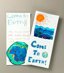 How To Make Travel Brochure Extraterrestrials Visit Earth Lesson Plan Make A Travel Brochure