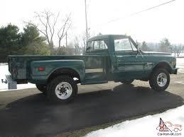 GMC K2500 Step-Side Pick up Truck