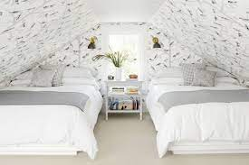 best colors to go with gray walls