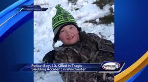 Teen dies in tobogganing mishap