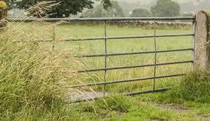 Metal farm fence Low Maintenance Metal Farm Gate Types Hobby Farms Metal Farm Gate Types Hobby Farms
