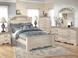 Mirrored Glass Bedroom Furniture Furniture 19 Mirrored Furniture Mirrored Furniture 1000 Ideas