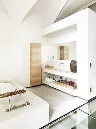 Baño Con Baldas De Yeso
