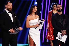 Belen Rodriguez sexy come non mai: finale di Tu Si Que Vales col botto