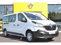 2018 renault trafic. interesting trafic 2018 181 renault trafic passenger minibus business dci 125bhp intended renault trafic