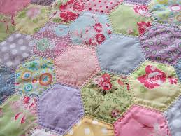 hexies quilt... Love how this is hand quilted! | Sewing ... & hexies quilt... Love how this is hand quilted! Adamdwight.com