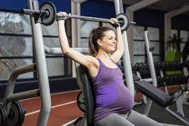 is weightlifting safe during pregnancy