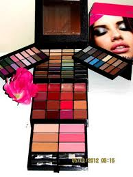 432 victoria secret mega makeup kit 90 must haves for eyes lips face palette makeup kit makeup kit makeup lips