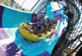 Hurricane Harbor Ca Best Water Parks In California Ranked Theme Parks Thrillist