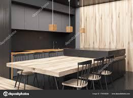 Moderne Grau Und Holz Esszimmer Ecke Stockfoto