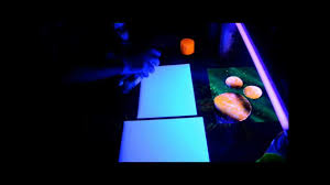glow in the dark spray painting