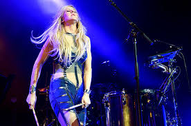 ellie goulding madison square garden. Beautiful Square Ellie Goulding Burns Bright At NYC Theater Show Live Review Intended Madison Square Garden G