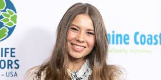 Bindi sue irwin first appeared in front of the cameras when she was only a few weeks old. Here S What Bindi Irwin Steve Irwin S Daughter Is Up To Now