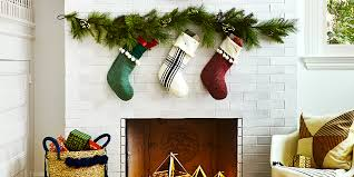 How To Hang Christmas Lights With Command Strips 8 Christmas Decoration Hanging Hacks How To Hang Garland