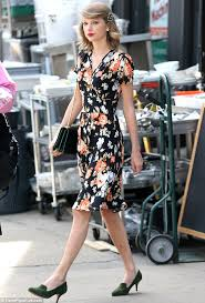 Small Picture Taylor Swift looks flawless in vintage floral as she shops in New