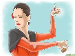 Cómo tocar las castañuelas - El Rocio aprende flamenco con nosotros - Blog  de Flamenco - El rocio