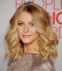 um wavy hairstyle celebrities haircuts for waves hair